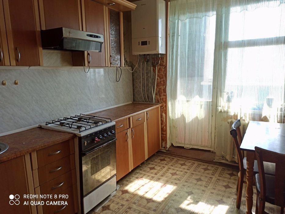 Продается 3 комнатная квартира с автономным отоплением Бердичев - изображение 1