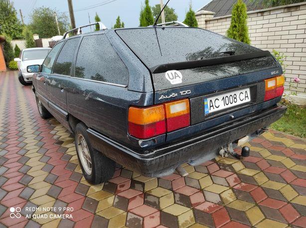 Audi 100 універсал газ бензин