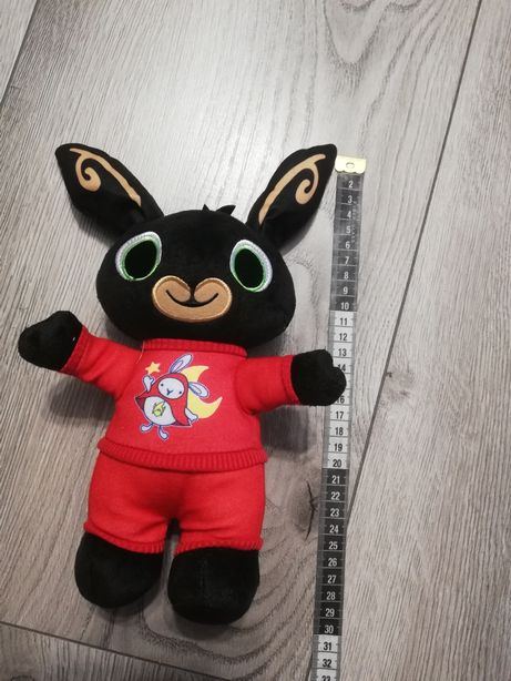 Nowa maskotka Bing króliczek w czerwonej pizamce