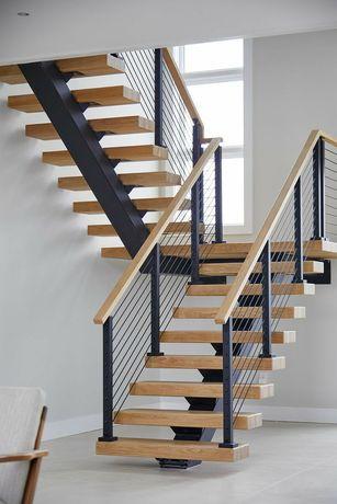 Надёжная лестница на монокосоуре от производителя
