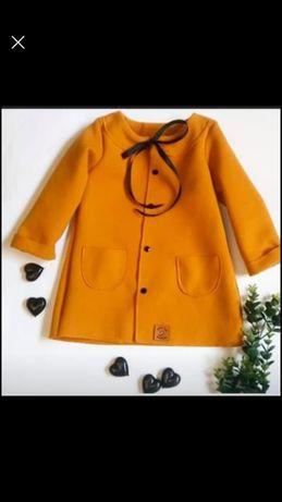 Płaszcz dziewczecy