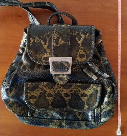 Трендовый рюкзак рептилия для девочек