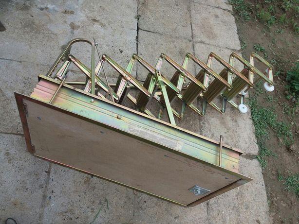 Schody metalowe wewnętrzne