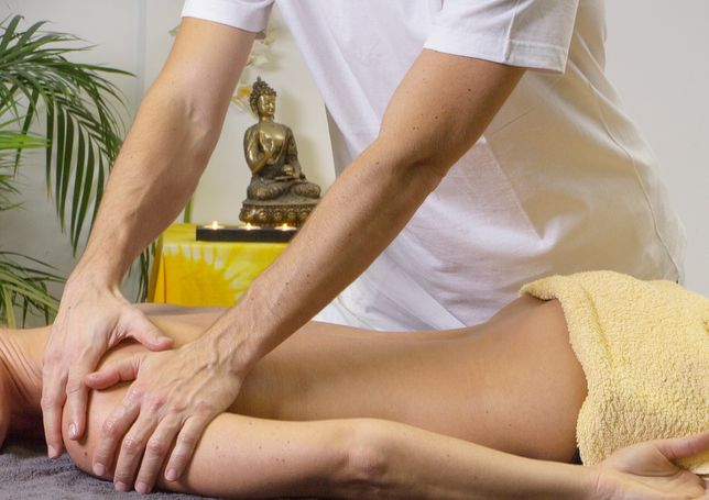 Предлагаю услуги массажа с выездом на дом