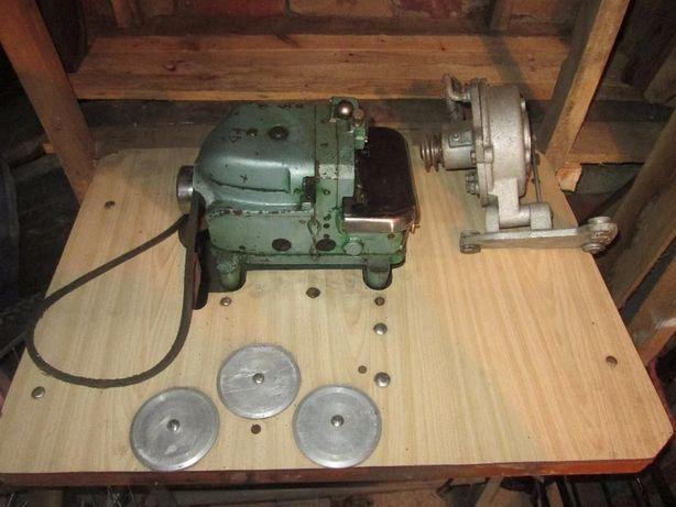 редуктор сцепление двигателя оверлока