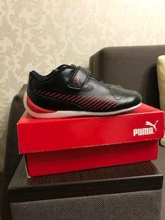 Продам НОВЫЕ кроссовки на мальчика PUMA коллекция Ferrari