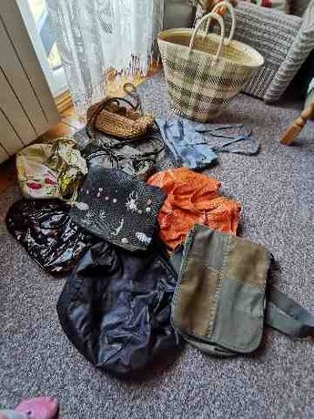 Sukienki i torebki