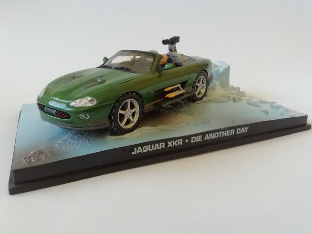 1/43 Jaguar XKR - James Bond [007] (Miniatura - Eaglemoss)