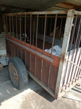 Wózek dwukółka do ciągnika