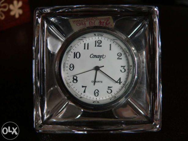 Relógio Cristal Dárques Concept p/ secretária