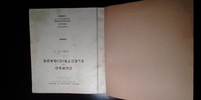 Livro antigo curso de electricidade