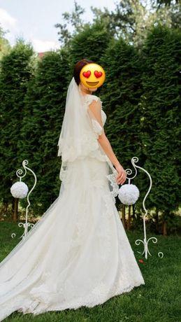 Продам красивейшее свадебное платье (рыбка)