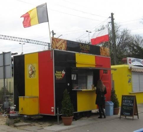 Food Truck Przyczepa Gastronomiczna