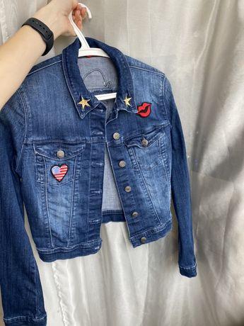 Джинсовая куртка Guess, XS, оригинал