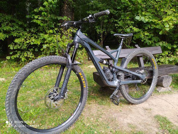 """YT Jeffsy CF 29"""" trail enduro"""