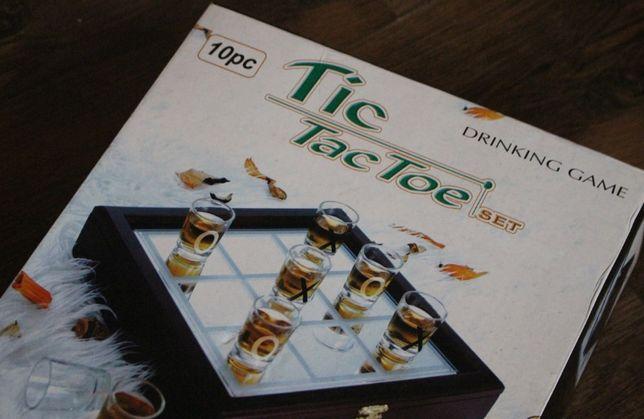 GRA kółko i krzyżyk + 10 kieliszków TIC TAC TOE Drinking Game