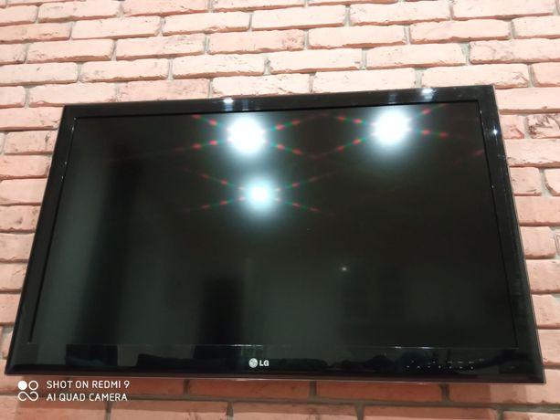 Telewizor LCD LED 42 całe LG 42LE5300 + pilot