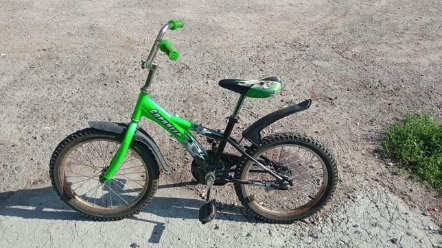 Продам детский велосипед диаметр колёс 18