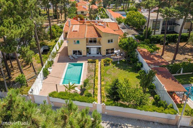 Moradia Unica T4 + 4 em VERDIZELA com anexo, piscina e Jardim