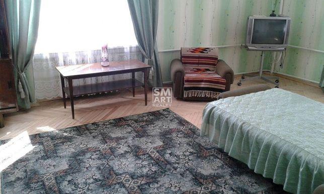 Сдам 2-комнатную сталинку 60 кв.м возле Березовой рощи, ул. Вышгородск