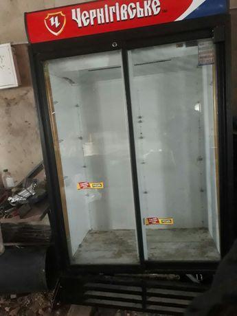 Холодильник, холодильный двухдверный шкаф