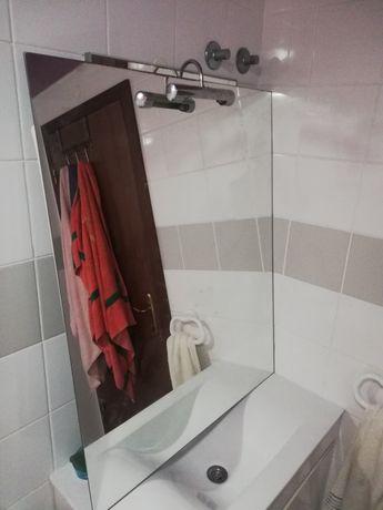 Vendo espelho de WC e espelho decoração de parede media dimensão
