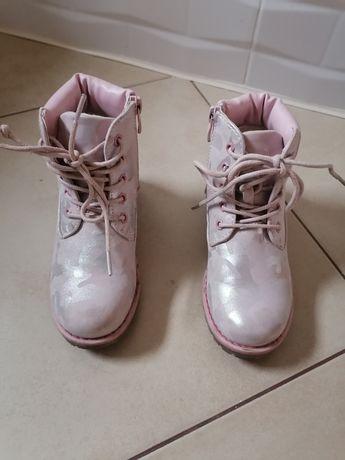 Sprzedam buty dziewczęce firmy Nelli Blu rozm. 28