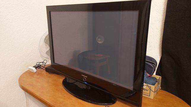 Телевизор Samsung 42 дюйма PS-42E92H плазменный