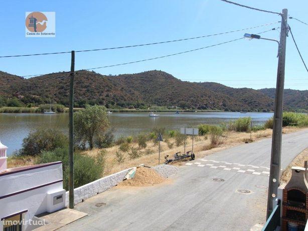 Excelente Moradia T3 com Vista Rio - Laranjeiras