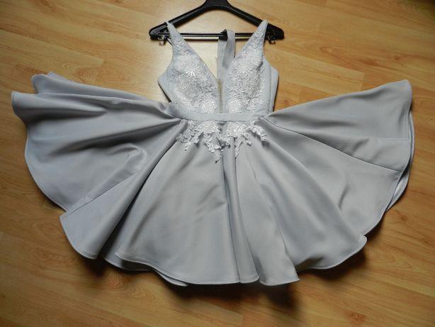 Sukienka firmy Lou