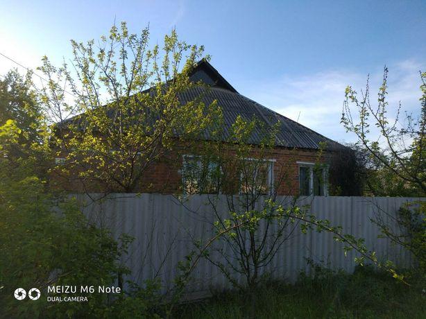 Продам добротный  дом в Харьковской области