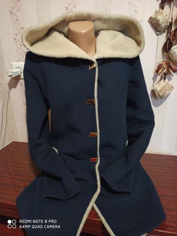Женское пальтишко
