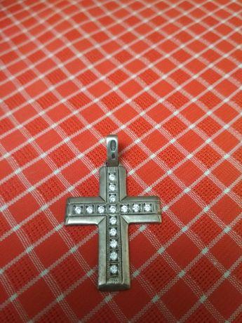 Крестик с белым цирконием