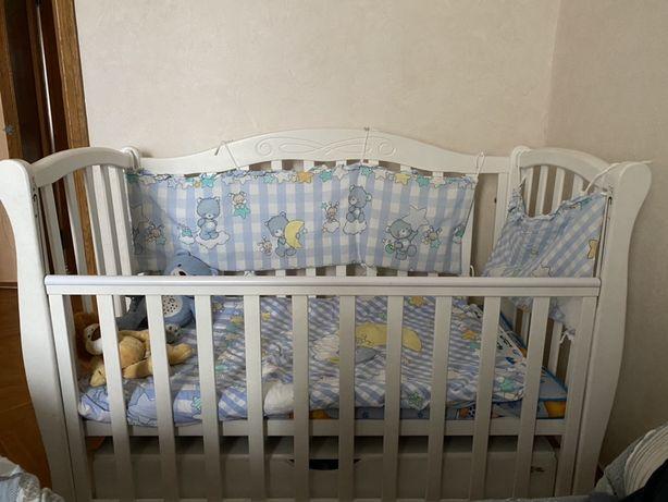 Кровать детская, кроватка для новорожденного с матрасом