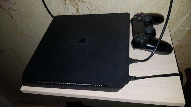 Игровая приставка PC 4 Slim