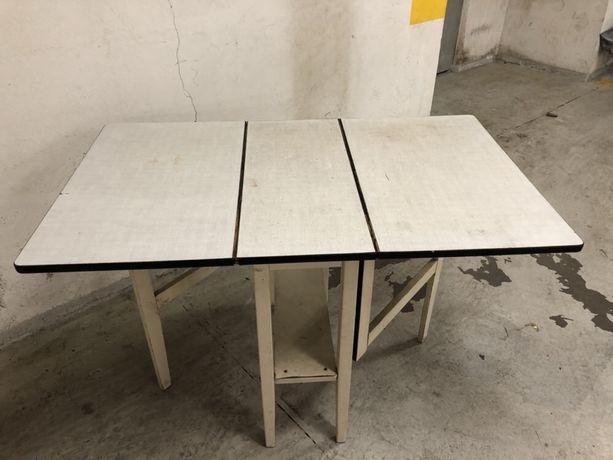 Stół kuchenny rozkładany - bocian z czasow PRL-u