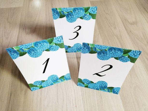Numerki na stół weselny ciemno-niebieska hortensja