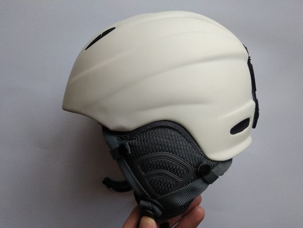 Горнолыжный сноубордический шлем Cultus RS, размер 54-57см.