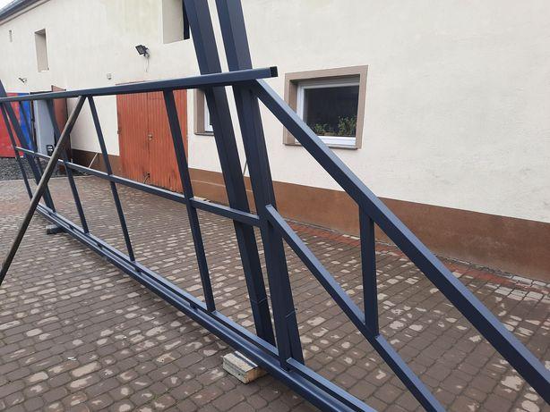 Brama przesuwna. Stelaż, konstrukcja.
