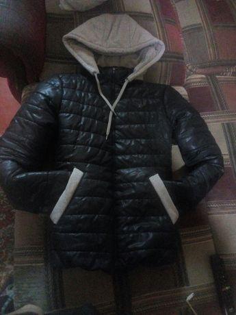 Курточка спорт