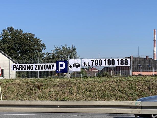 Do wynajęcia teren pod parking i tablica reklamowa.