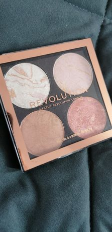 Makeup revolution paleta rozswietlaczy