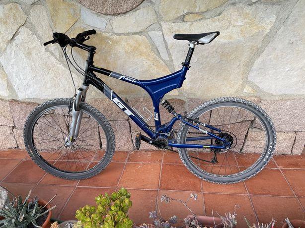 Bicicleta GT idrive 2.0 pouco uso