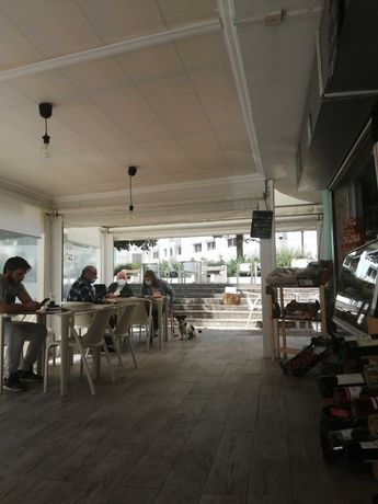 Trespasse De Café / Restaurante