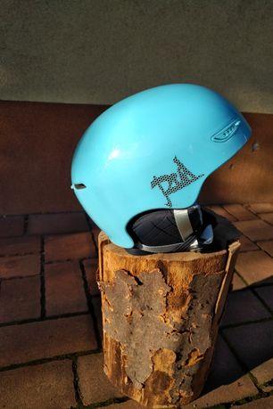 Sprzedam damski narciarski lub snowboardowy kask RED model PURE