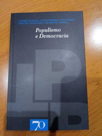 Livros Populismo e Democracia, Orientalismo e Dos Nacionalismos