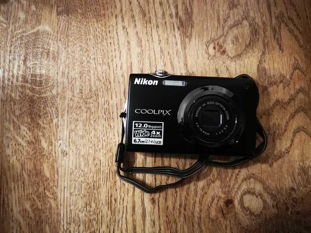 Aparat fotograficzny Nikon Coolpix