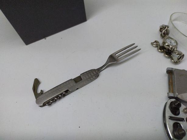 CIEKAWY niezbędnik widelec made polend
