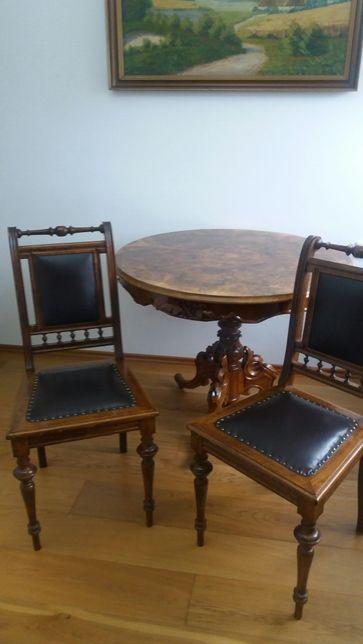 Sprzedam dwa orginalne krzesła Eklektyczne