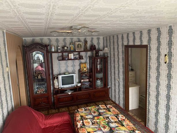 СРОЧНО! 4 комнатная квартира в кирпичном доме
